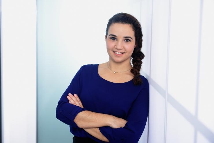 Mohanna Sparwasser, Assistentin