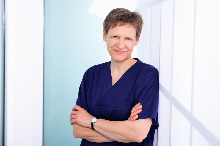 Christine Rücker, Zahntechnik