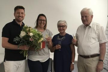 Dr. Jan Fischer mit Praxismanagerin Katrin Weber, Diplom-Stomatologin Ute Fischer und Dr. Rainer Fischer